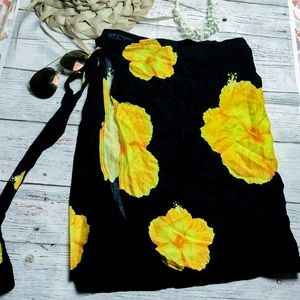 Sarong Black Yellow Mini Wrap Skirt Hawaiian New